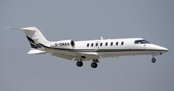 Bombardier_Learjet_45,_Gama_Aviation_JP7672509